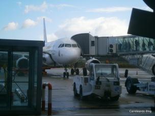 Airbus 319 EC-KHM desde planta baja